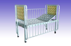 RS0325 Children Bed Painted